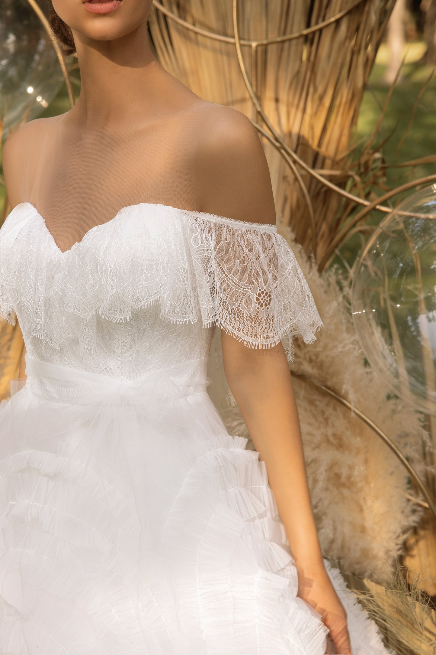 Boho Lace Wedding Dress With Embroidered Tulle And Open Back_!