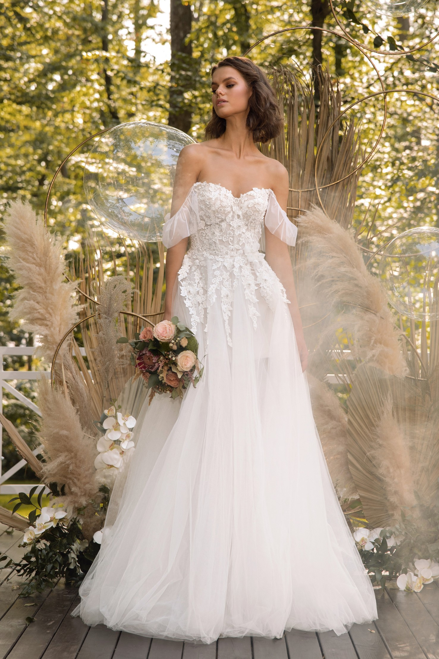 Cap Sleeve A-line Crepe Wedding Dress With Slit