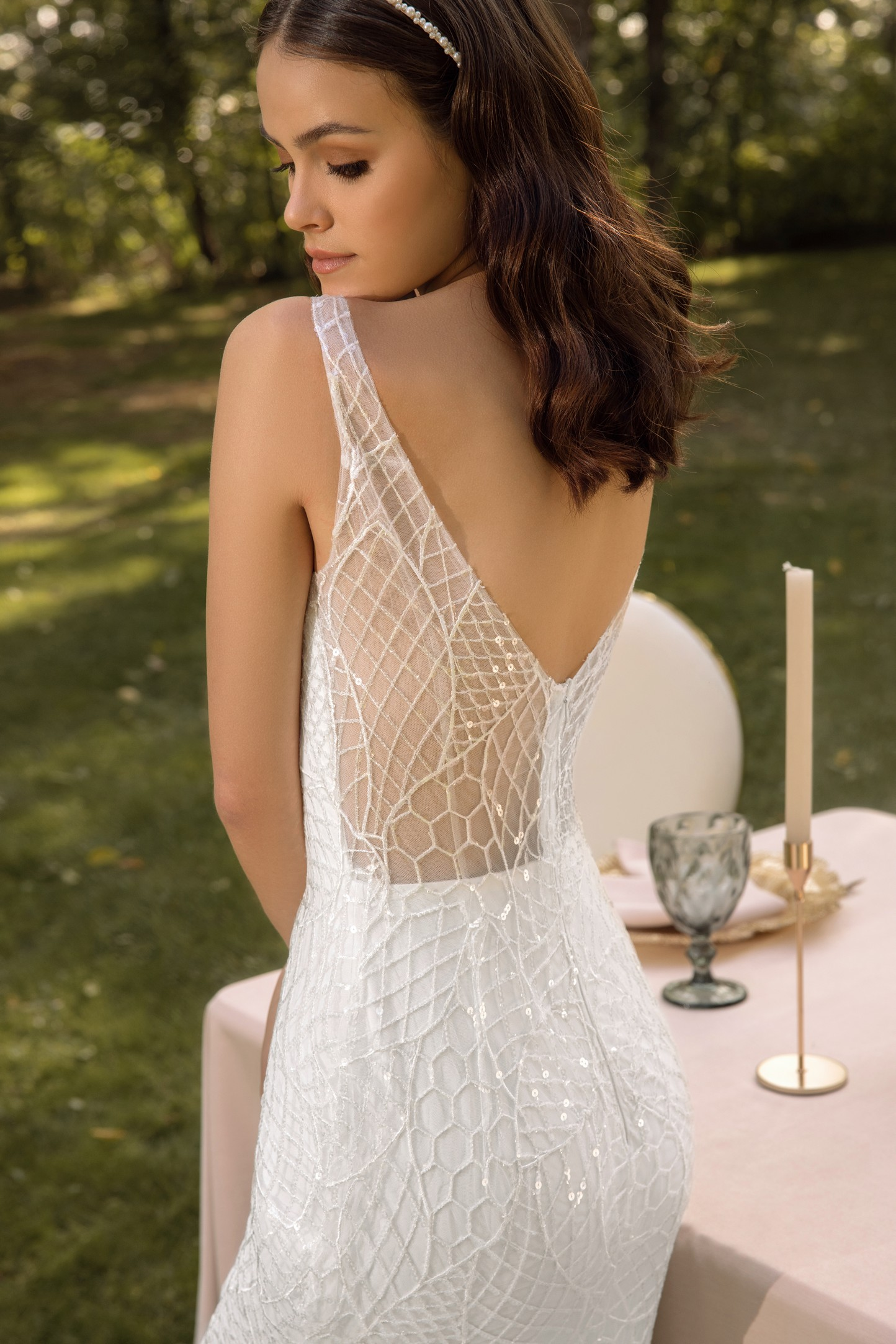 Garden-inspired Off The Shoulder Wedding Dress_3