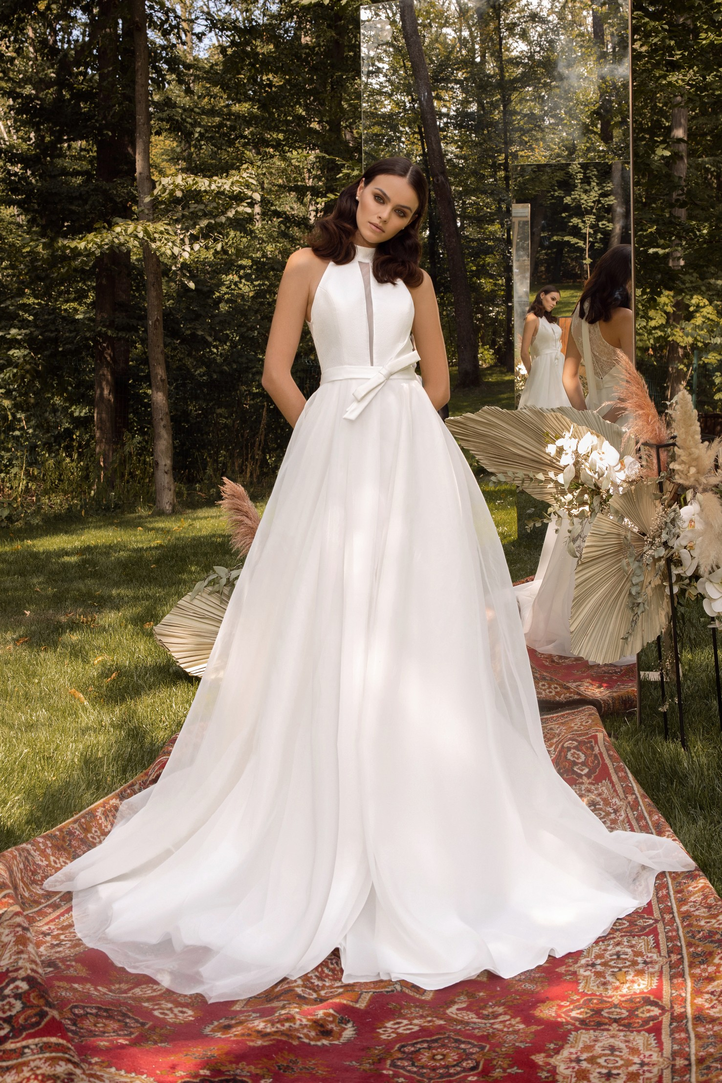 Long Sleeve Beaded Lace Bodice With Stretch Cape Skirt Wedding Dress _3